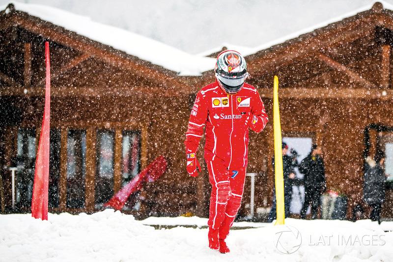 1. Райкконен на снігу