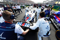 Lance Stroll, Williams FW41 Mercedes, sur la grille