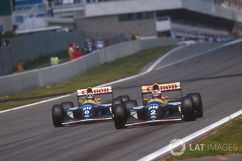 Alain Prost lidera Damon Hill, ambos Williams FW15C Renault