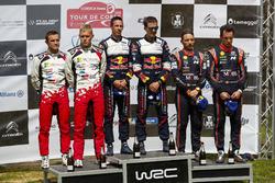 Sur le podium : Les vainqueurs Sébastien Ogier, Julien Ingrassia, M-Sport Ford WRT Ford Fiesta WRC, les deuxièmes, Ott Tänak, Martin Järveoja, Toyota Gazoo Racing WRT Toyota Yaris WRC et les troisièmes, Thierry Neuville, Nicolas Gilsoul, Hyundai Motorsport