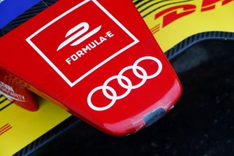 Il muso di una Audi Sport ABT Schaeffler, Audi e-tron FE05