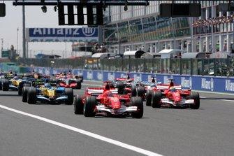 Michael Schumacher, Ferrari 248 F1 líder al inicio