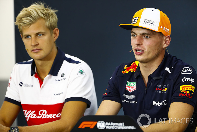 Marcus Ericsson, Sauber, and Max Verstappen, Red Bull Racing, in the Thursday press conference