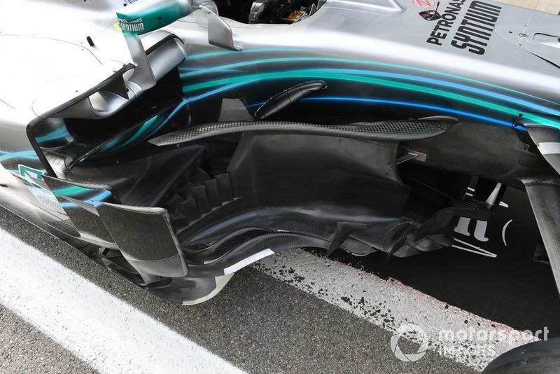 Mercedes-AMG F1 W09 bargeboards