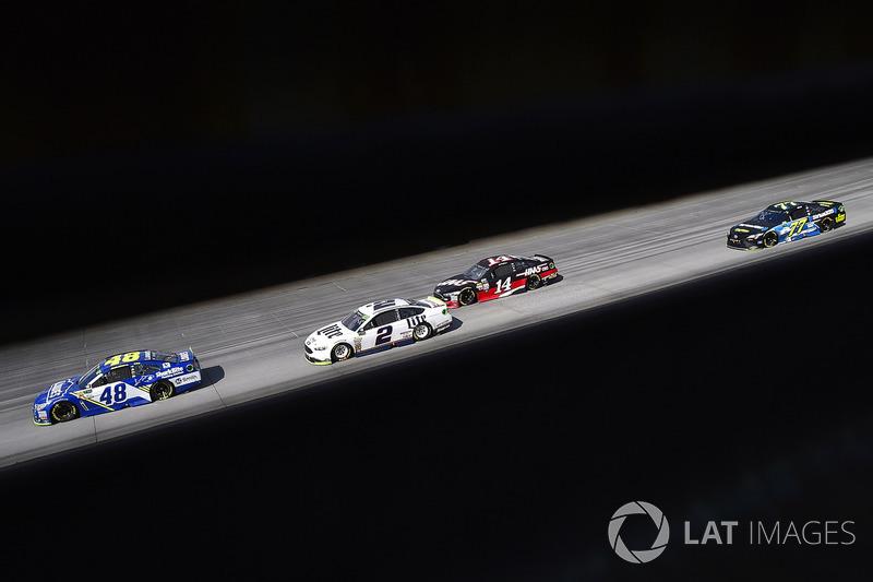 3. Jimmie Johnson, Hendrick Motorsports Chevrolet and Brad Keselowski, Team Penske Ford