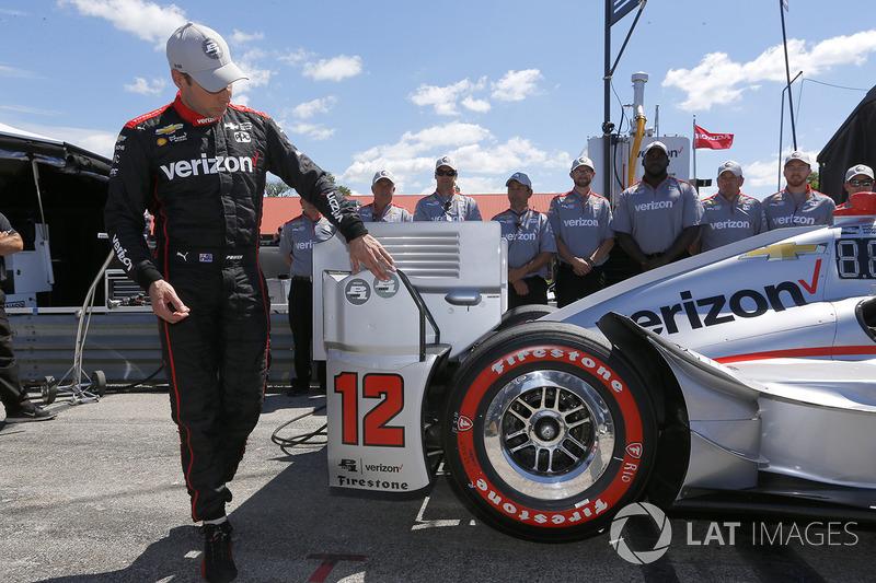Will Power, Team Penske Chevrolet celebra al ganar la pole Verizon P1