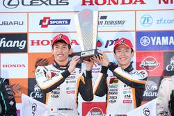 Podium GT300: winners Yuichi Nakayama, Sho Tsuboi, LM corsa