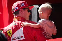 Kimi Räikkönen, Ferrari, mit Sohn Robin