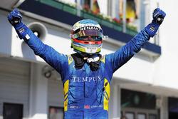 Le vainqueur Oliver Rowland, DAMS