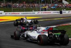 Felipe Massa, Williams FW40, Carlos Sainz Jr., Scuderia Toro Rosso STR12, Lance Stroll, Williams FW40 start esnasında