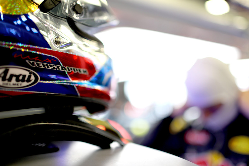 Шолом Макса Ферстаппена, Red Bull Racing
