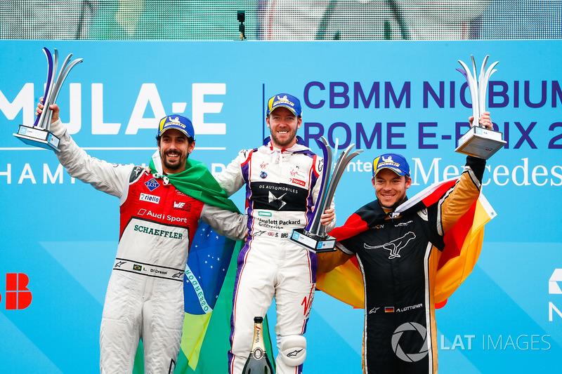 Podio: ganador de la carrera Sam Bird, DS Virgin Racing, segundo lugar Lucas di Grassi, Audi Sport ABT Schaeffler, y tercer lugar Andre Lotterer, Techeetah