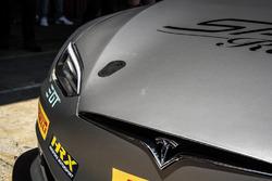 Tesla P100D detalle