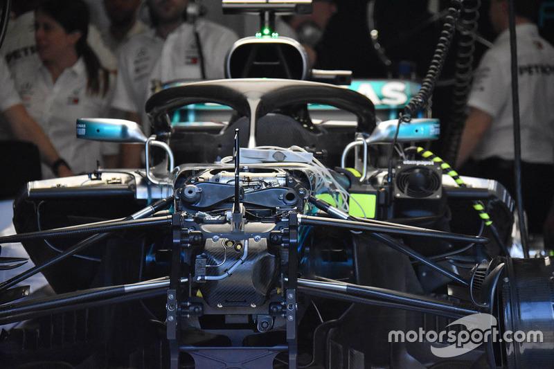 L'avant de la Mercedes-AMG F1 W09