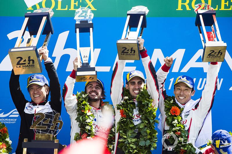24 horas de Le Mans: Sebastien Buemi, Kazuki Nakajima, Fernando Alonso, Toyota Gazoo Racing