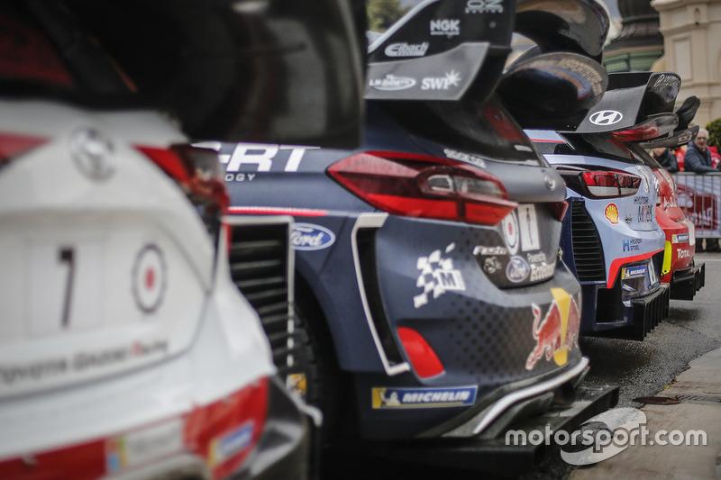 Foto de grupo de los coches del WRC 2018