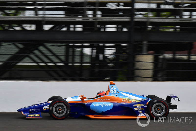 27°: J.R. Hildebrand, Dreyer & Reinbold Racing Chevrolet
