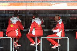 Ingenieros trabajan en Ferrari