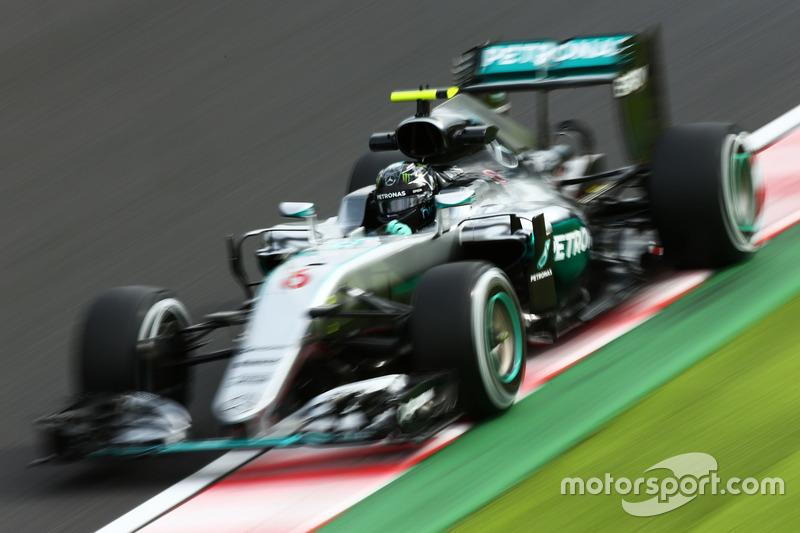Japan, Suzuka: Nico Rosberg (Mercedes)