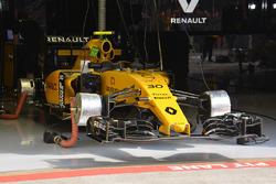 Renault Sport F1 Team ön kanat ve ön frenler
