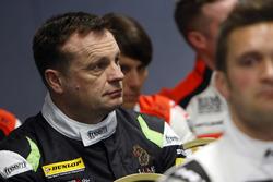 Стюарт Лайнс, Maximum Motorsport
