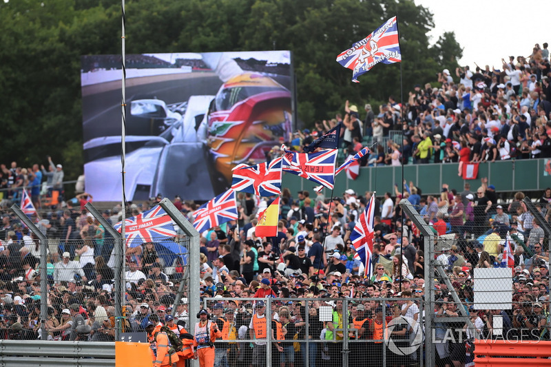Fans and flags for Lewis Hamilton, Mercedes AMG F1 in the grandstand