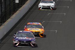 Denny Hamlin, Joe Gibbs Racing Toyota Matt Kenseth, Joe Gibbs Racing Toyota Erik Jones, Furniture Row Racing Toyota