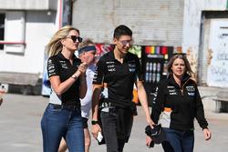 Esteban Ocon, Sahara Force India F1 en el evento de Hype Energy Drink