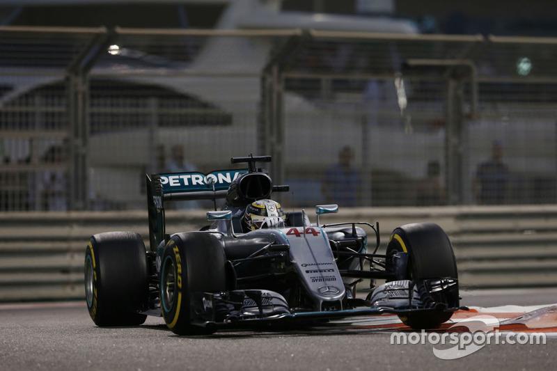 Льюїс Хемілтон, Mercedes AMG F1 W07 Hybrid