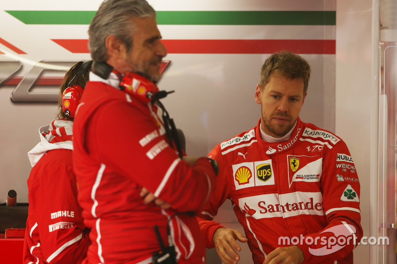 Керівник Ferrari Мауріціо Аррівабене, Себастьян Феттель, Ferrari