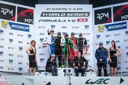 Podio: ganador de la carrera Pietro Fittipaldi, Lotus, segundo lugar tercer lugar Egor Orudzhev, AVF, Alfonso Celis Jr., Fortec Motorsports