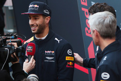Daniel Ricciardo, Red Bull Racing RB13 with the media