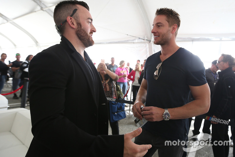 Austin Dillon, Richard Childress Racing, Chevrolet, mit, Justin Hartley