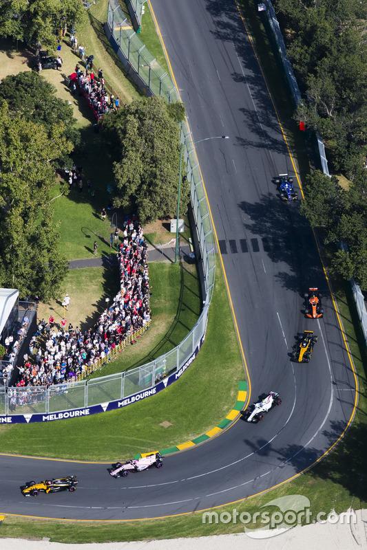 Nico Hulkenberg, Renault Sport F1 Team RS17, Esteban Ocon, Force India VJM10, Lance Stroll, Williams FW40, Jolyon Palmer, Renault Sport F1 Team RS17 y Stoffel Vandoorne, McLaren MCL32