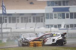 Crash: Ken Block, Hoonigan Racing Division, Ford Focus RSRX; Timo Scheider, MJP Racing Team Austria, Ford Fiesta ST
