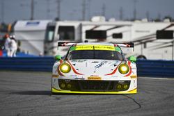 #59 Manthey Racing Porsche 911 GT3 R: Свен Мюллер, Рейнхольд Ренгер, Стів Сміт, Харальд Прочік