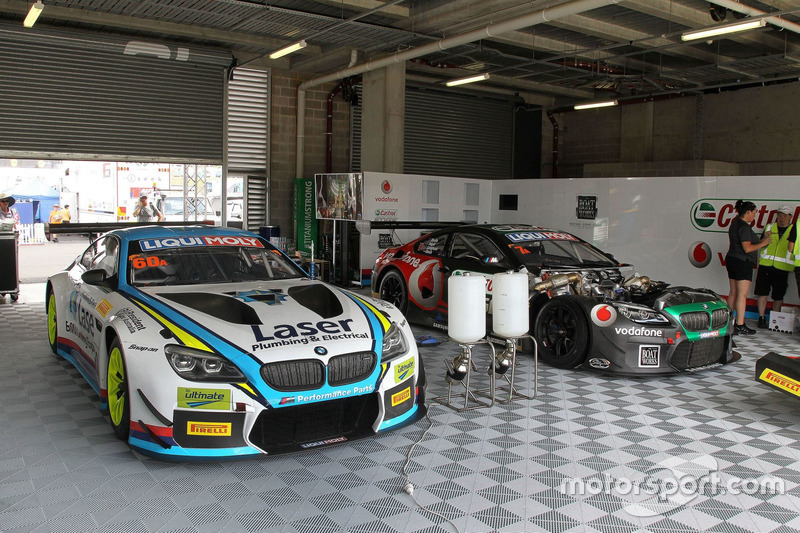 GaraJE DEL #60 BMW Team SRM, BMW M6 GT3: Steve Richards, Mark Winterbottom, Marco Wittmann