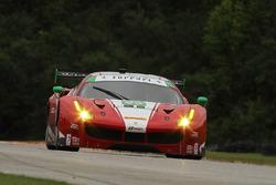 #63 Scuderia Corsa Ferrari 488 GT3: Крістіна Нільсен, Алессандро Бальзан