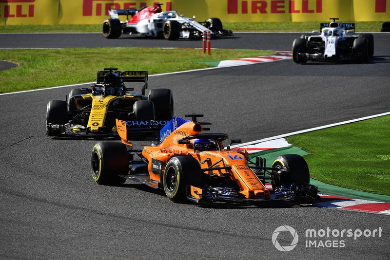 Fernando Alonso, McLaren MCL33, Nico Hulkenberg, Renault Sport F1 Team R.S. 18 y Lance Stroll, Williams FW41