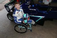Повернення Біллі Монгера за кермо одномісної гоночної машини Формули 3 Carlin MSV