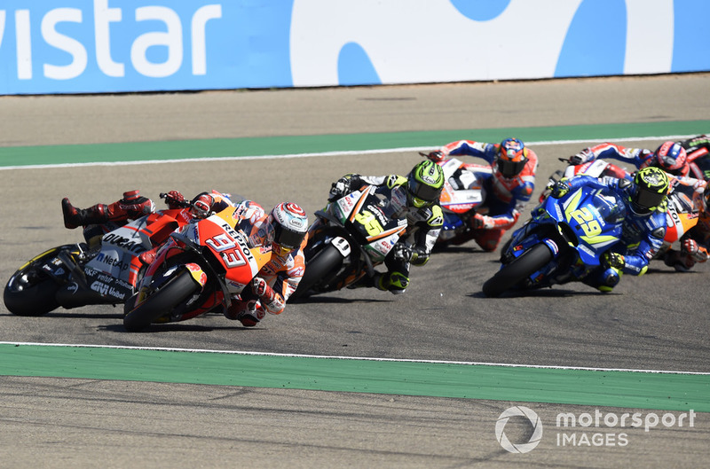 Jorge Lorenzo, Ducati Team crashes behind Marc Marquez, Repsol Honda Team