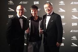 Ma Qing Hua y miembros del Techeetah team