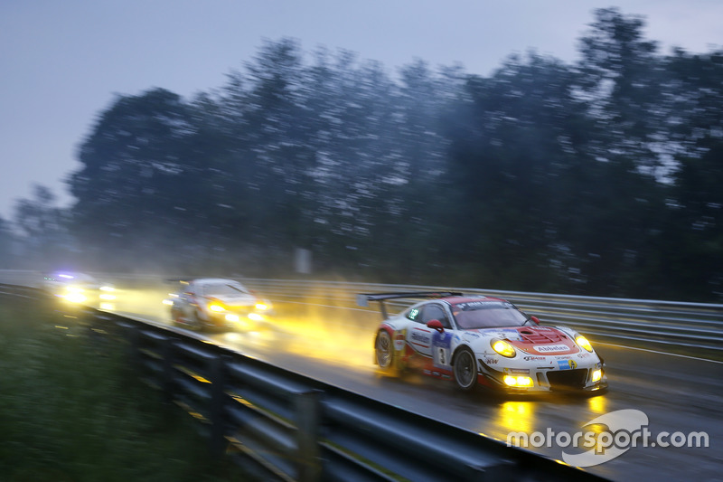 #3 Frikadelli Racing Team, Porsche 911 GT3 R