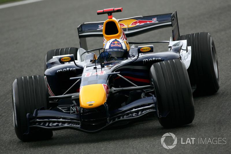 2006: Red Bull RB2 Ferrari (1 подиум, 7-е место в КК)
