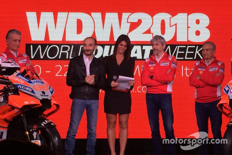 Claudio Domenicali, CEO Ducati, Davide Tardozzi, Team Manager Ducati y Paolo Ciabatti, Director Depo