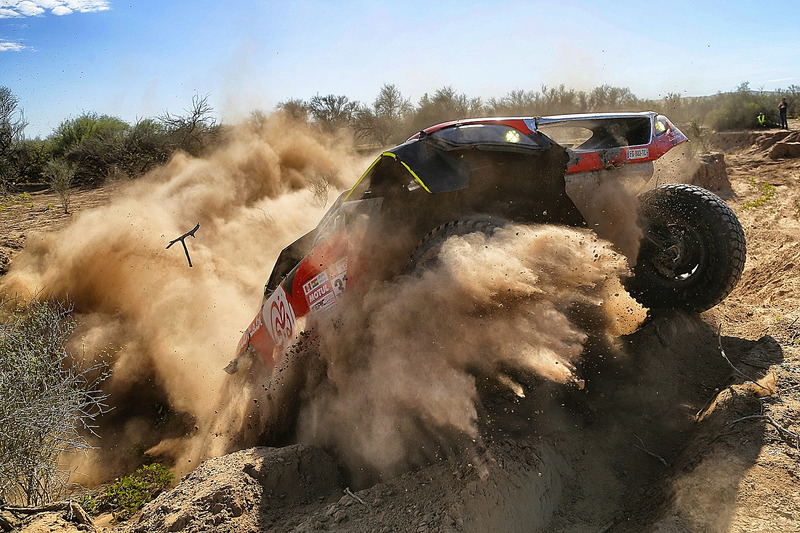 6. #319 Peugeot: Халід Аль-Кассімі, Ксав'є Пансері