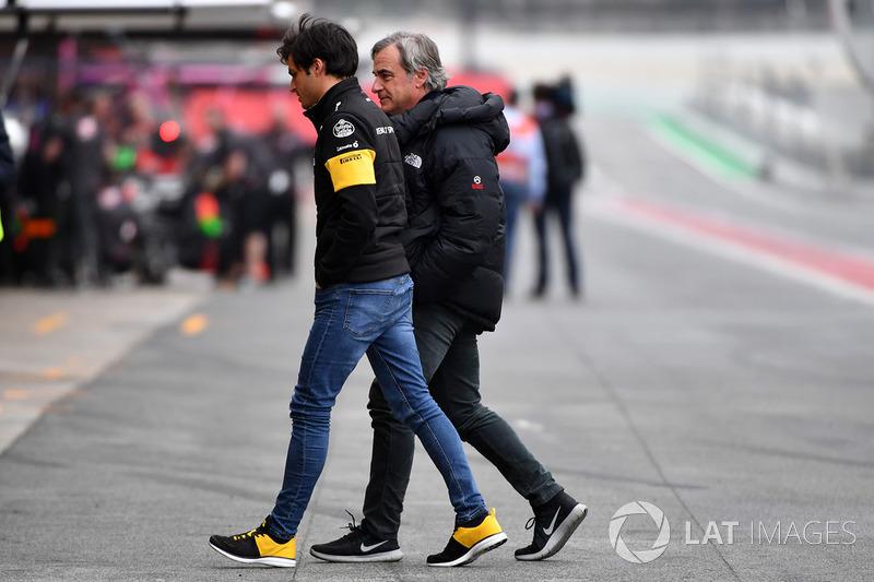 Carlos Sainz Jr., Renault Sport F1 Team con il padre Carlos Sainz