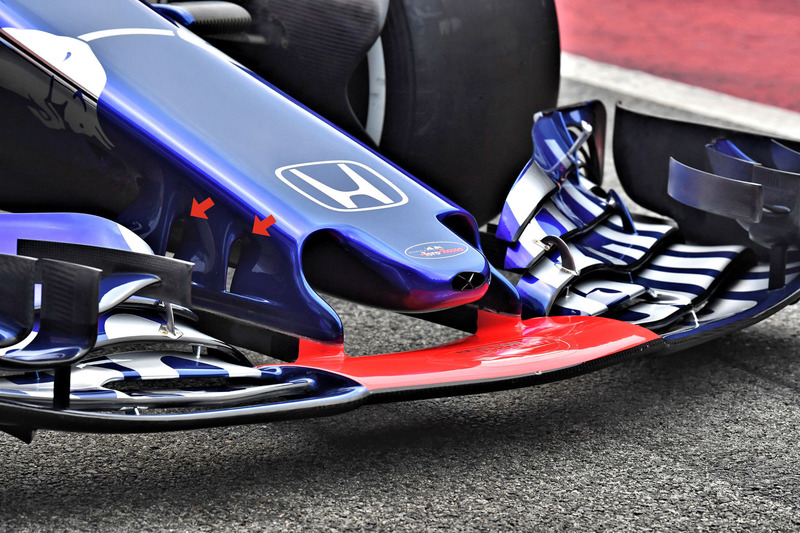 Toro Rosso STR13 ön kanat detay