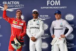 Володар поулу Льюіс Хемілтон, Mercedes AMG F1, друге місце Себастьян Феттель, Ferrari, третє місце Валттері Боттас, Mercedes AMG F1