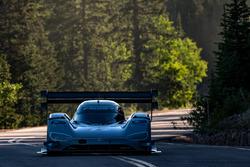 #94 Romain Dumas, Volkswagen I.D. R Pikes Peak